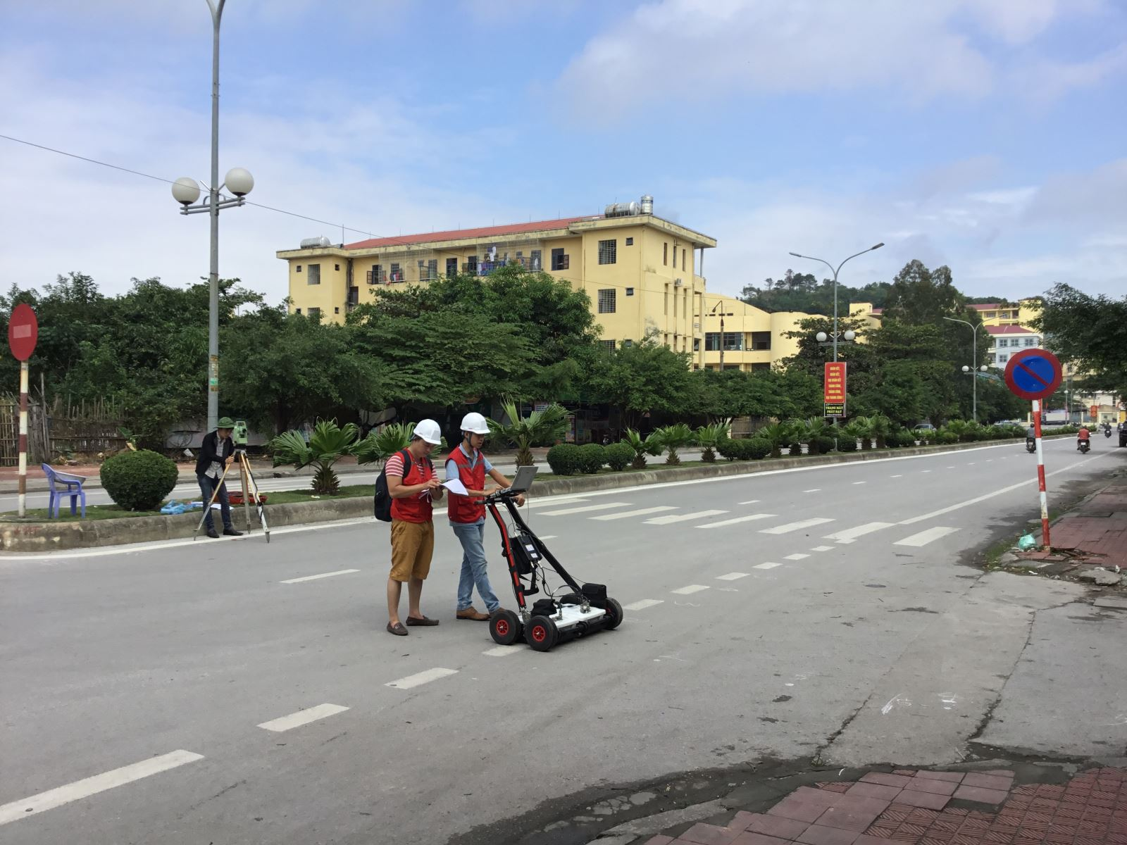 Underground Utilities Mapping for Smart Cities in Vietnam